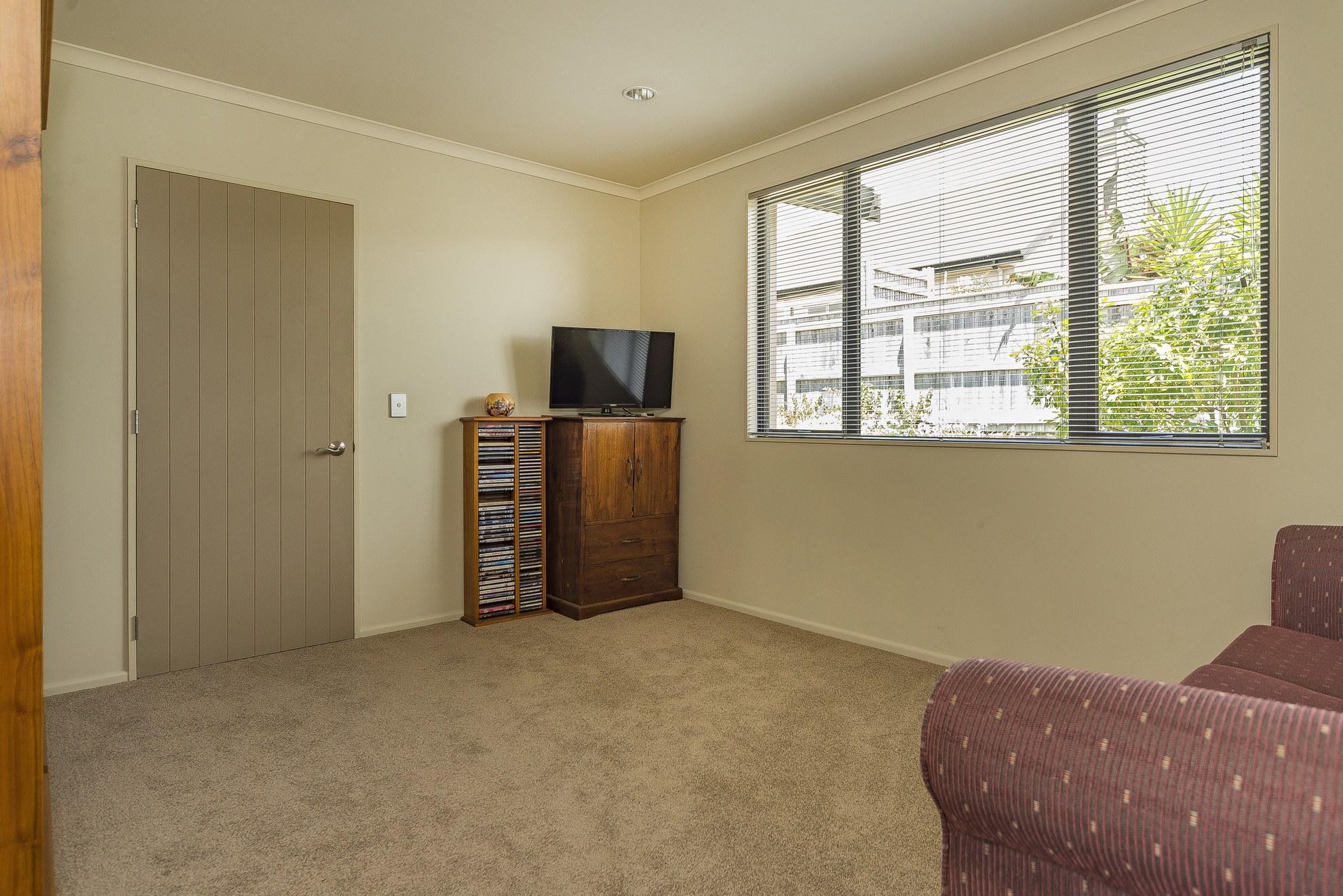 27 Lobank Place, Richmond #13 -- listing/4522/l.jpeg