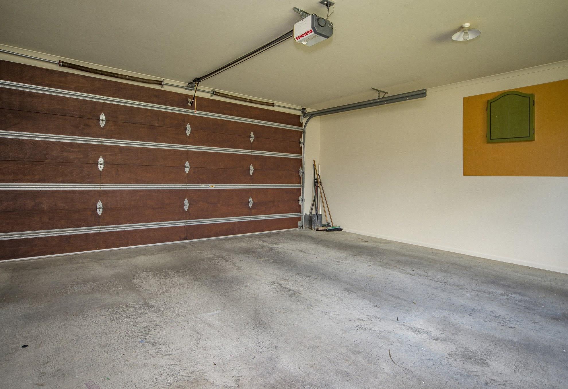 27 Lobank Place, Richmond #16 -- listing/4522/p.jpeg