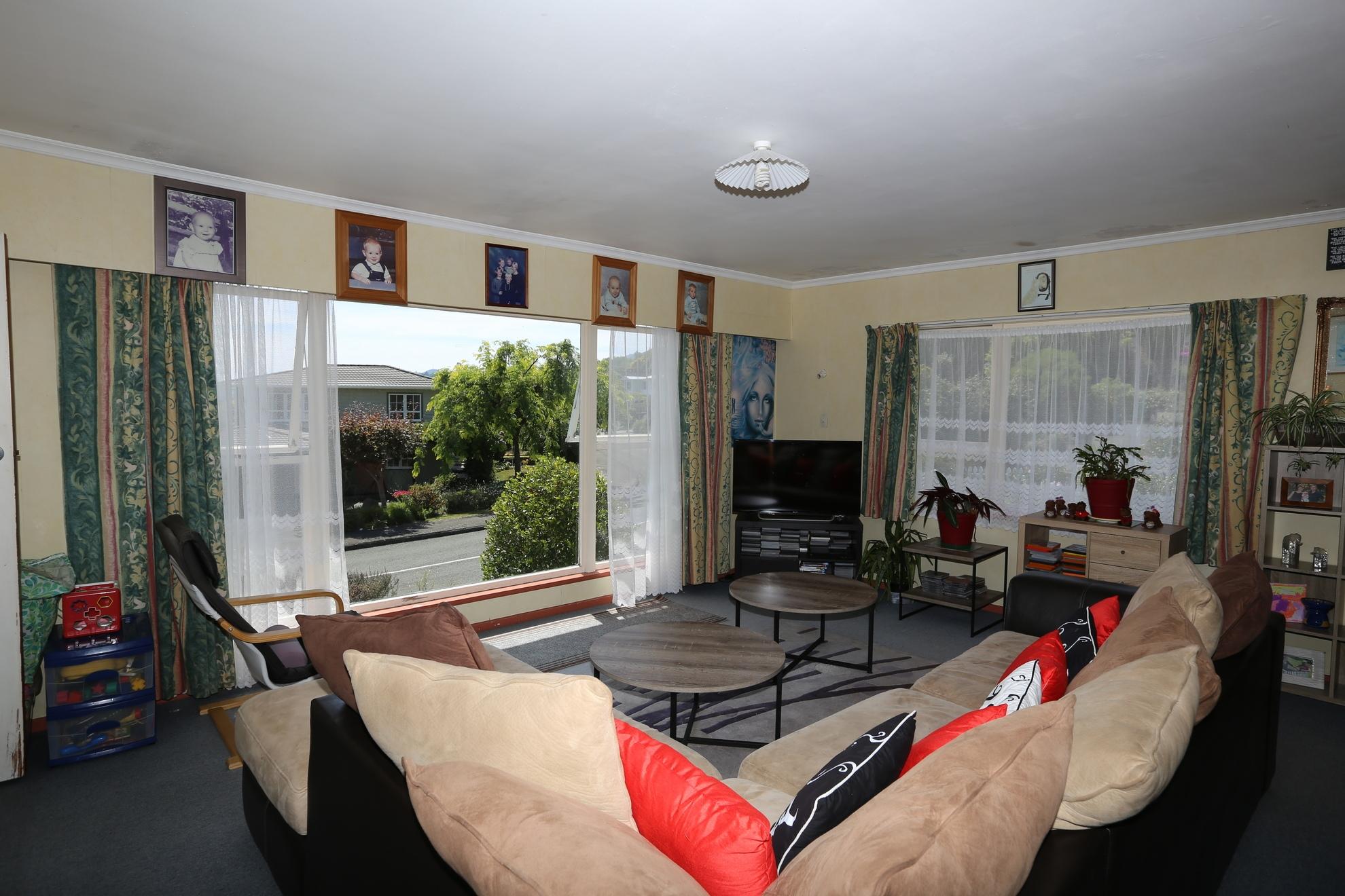 65 Marlborough Crescent, Richmond #9 -- listing/4532/h.jpeg