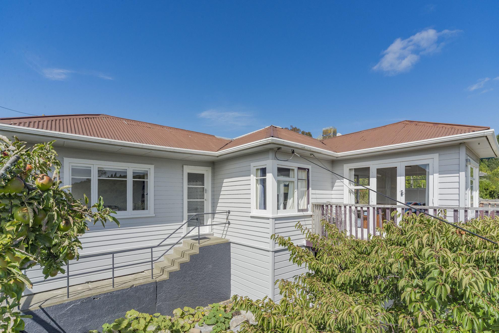 6 Thompson Terrace, Toi Toi #15 -- listing/4557/o.jpeg