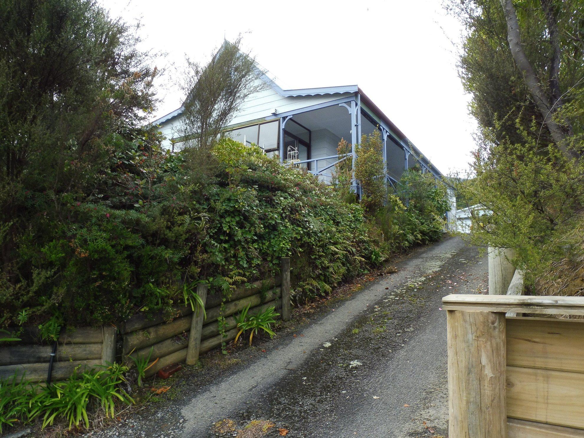 168 Waikawa Road, Waikawa #1 -- listing/4729/m.jpeg