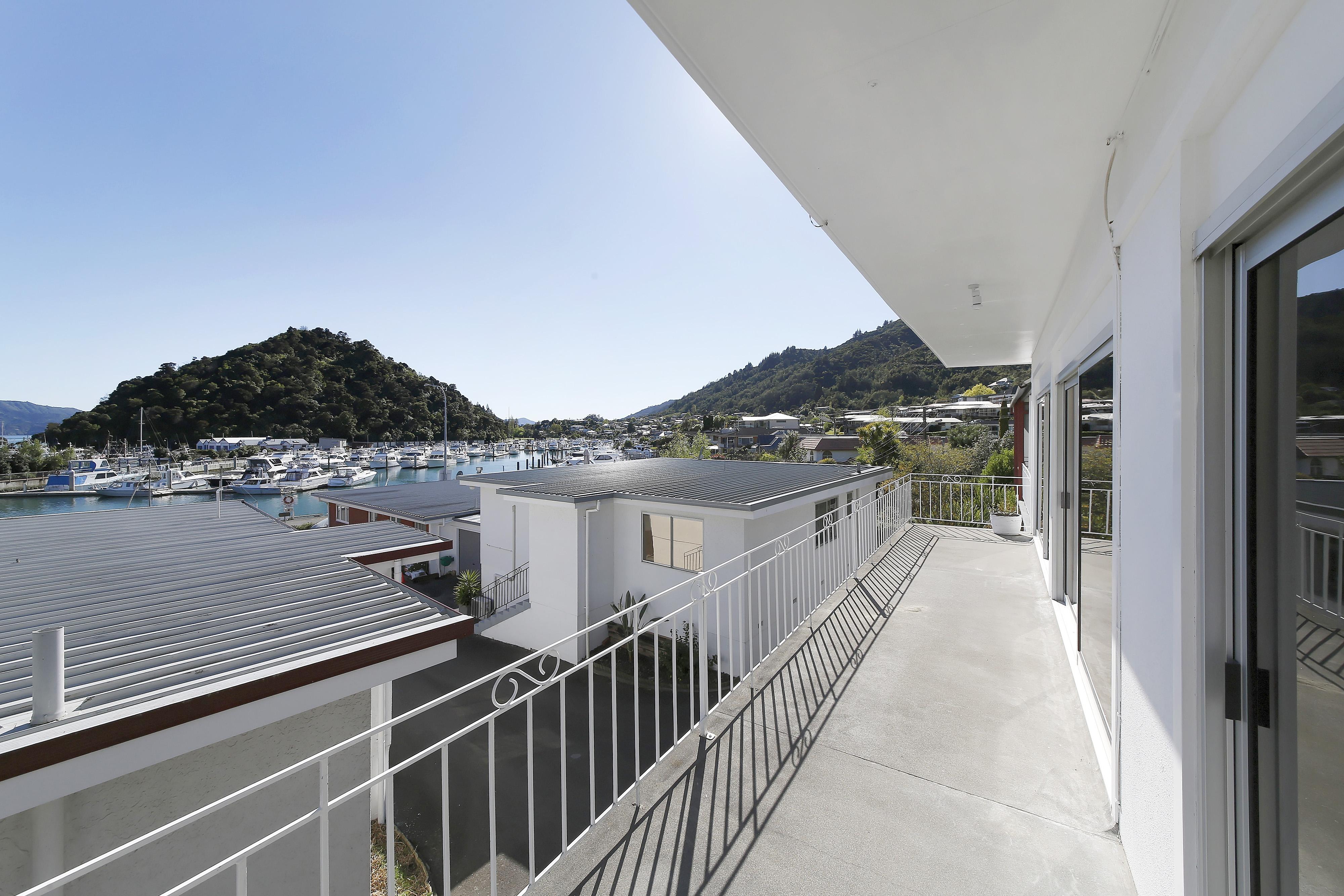 2/29 Waikawa Road, Picton #3 -- listing/4765/b.jpeg
