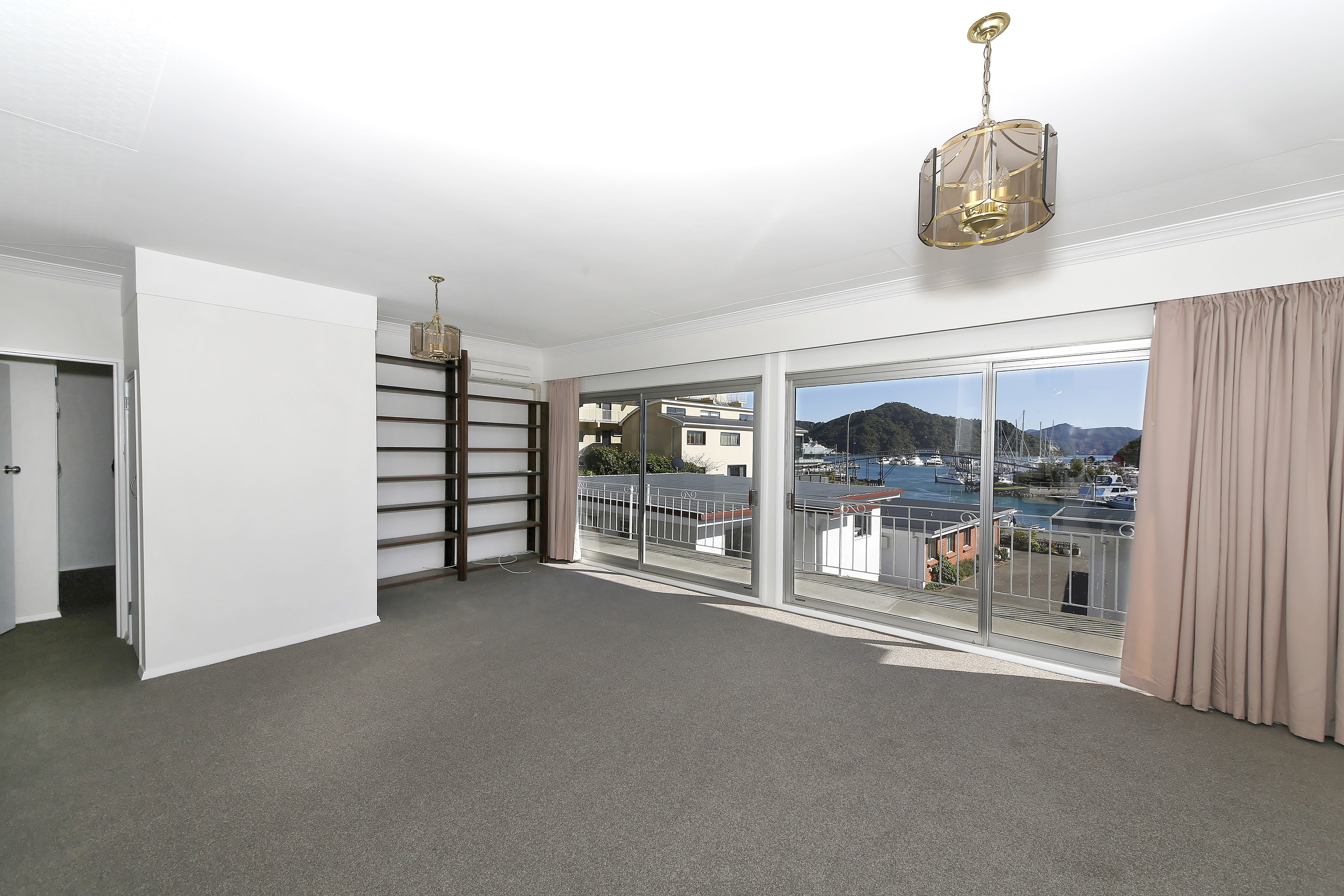 2/29 Waikawa Road, Picton #5 -- listing/4765/d.jpeg