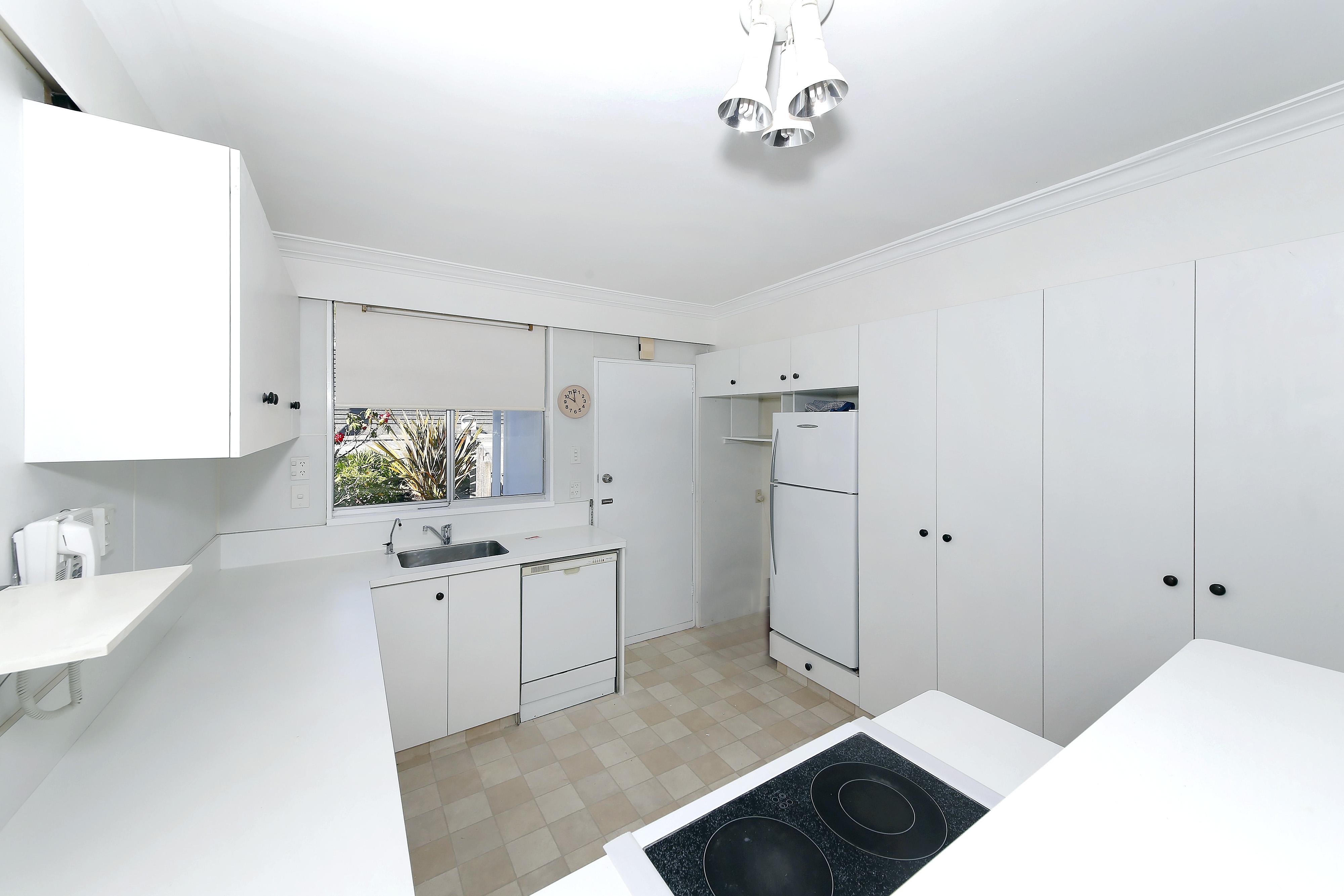 2/29 Waikawa Road, Picton #8 -- listing/4765/g.jpeg