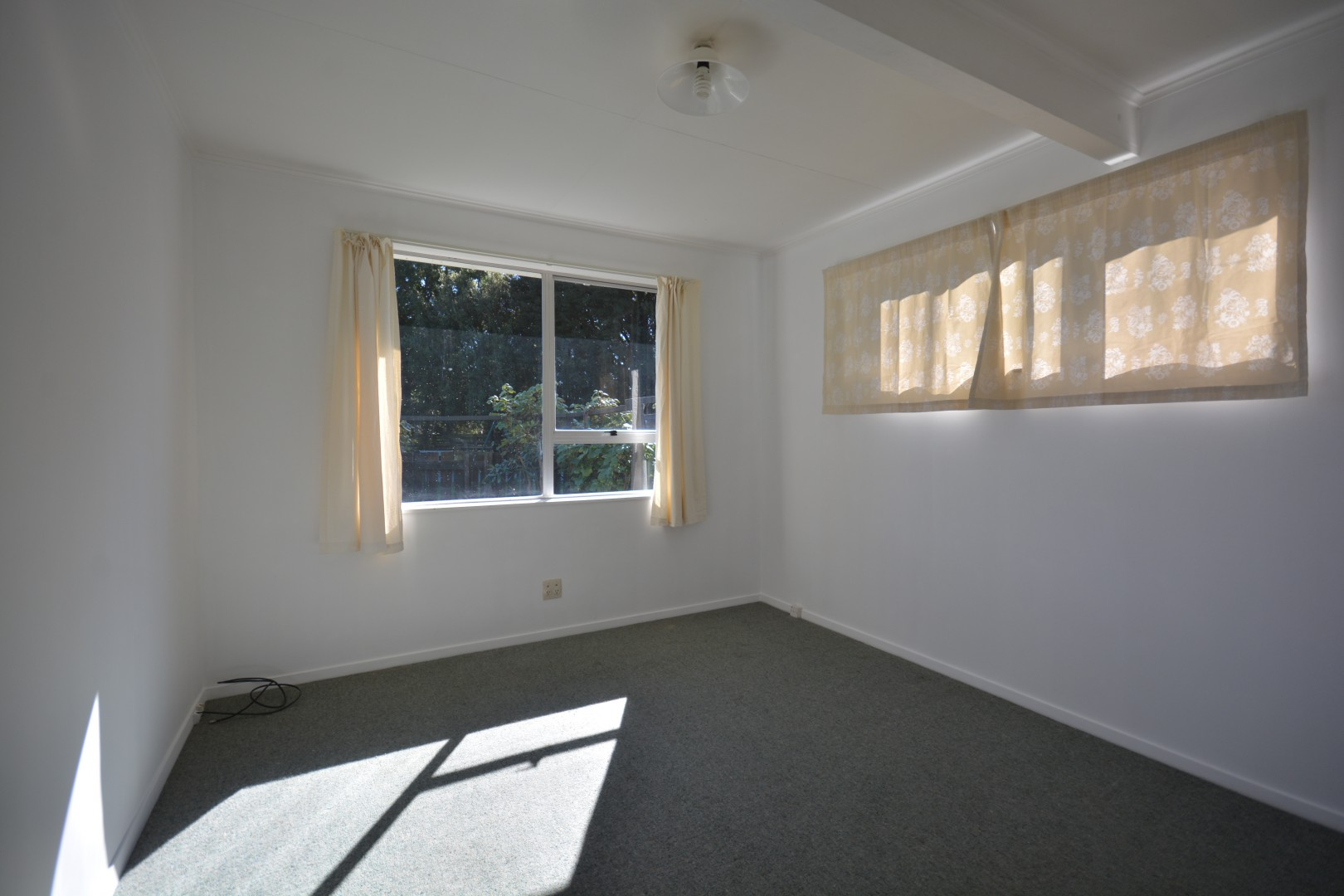 2/42 Holdaway Street, Riversdale #6 -- listing/4997/e.jpeg