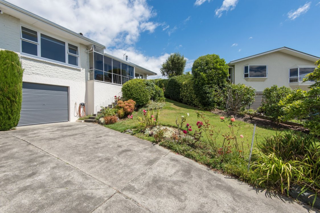 7 Chartwell Place, Richmond #8