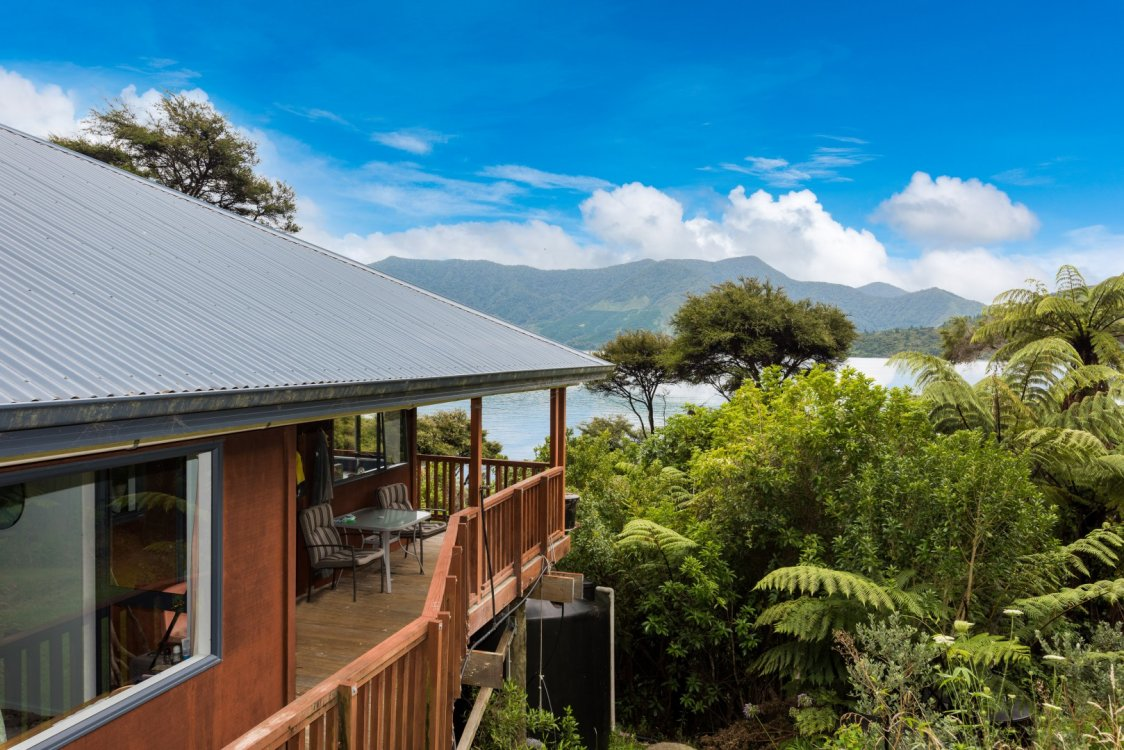 2219 Kenepuru Road, Picton #7