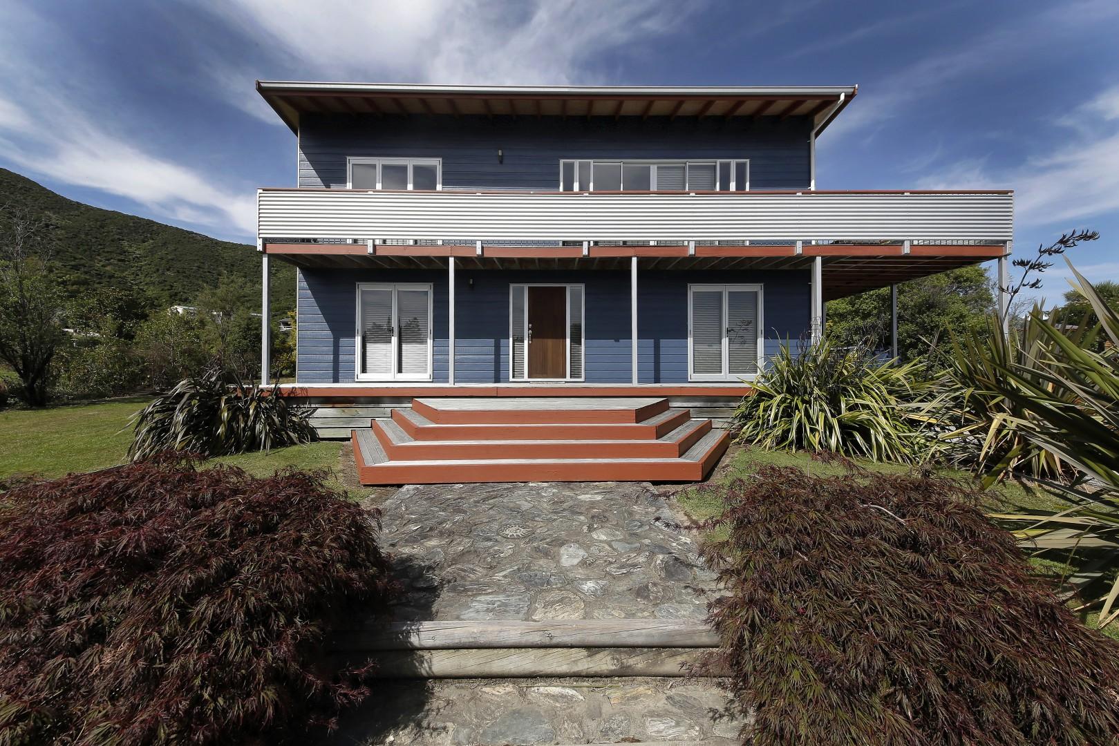 80 Moana View Road, Waikawa #2 -- listing/5160/a.jpeg