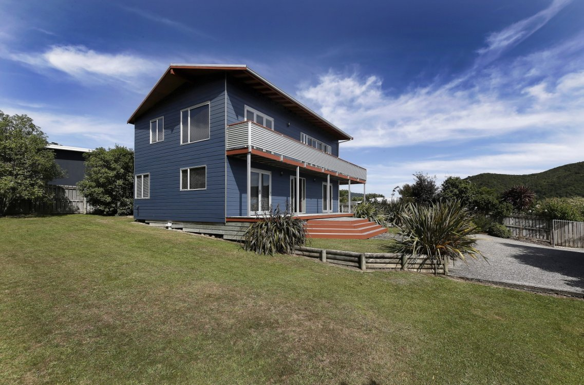 80 Moana View Road, Waikawa #3