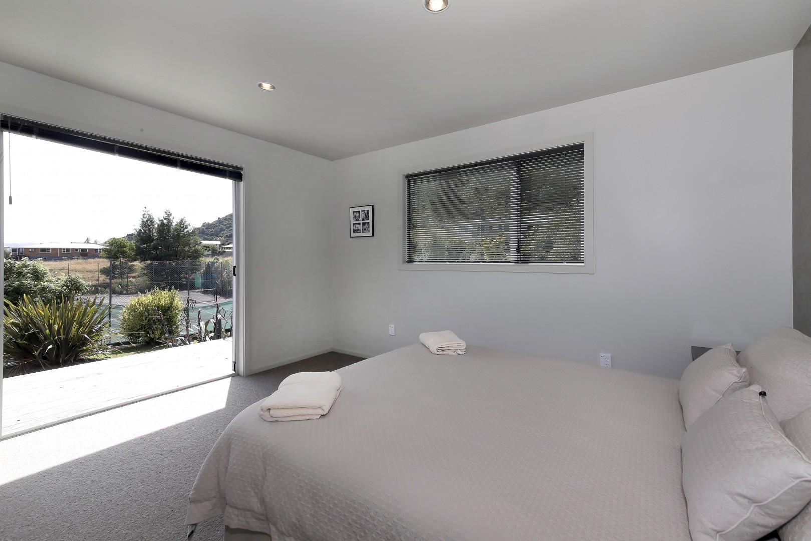 80 Moana View Road, Waikawa #5 -- listing/5160/d.jpeg