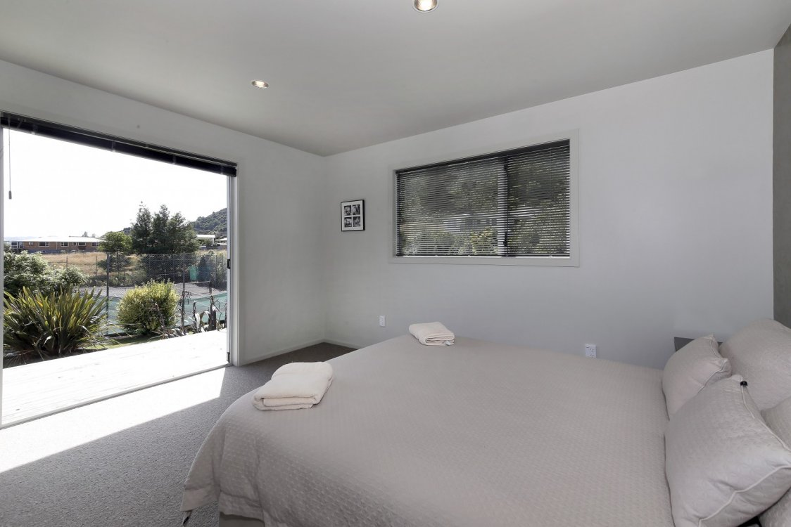 80 Moana View Road, Waikawa #5