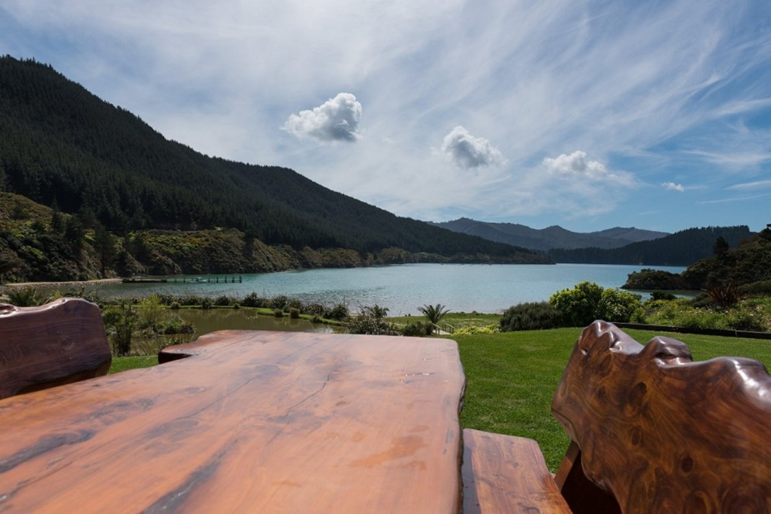 - Oyster Bay, Queen Charlotte Sound #23