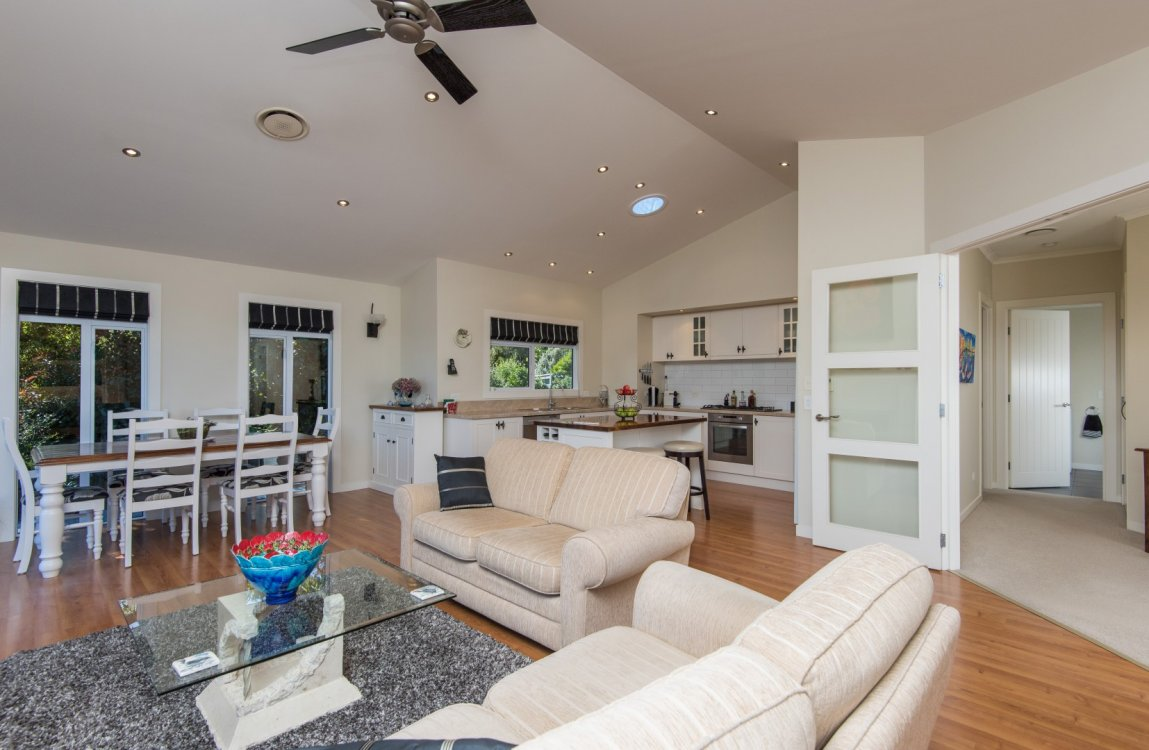 13 Heron Grove, Richmond #8