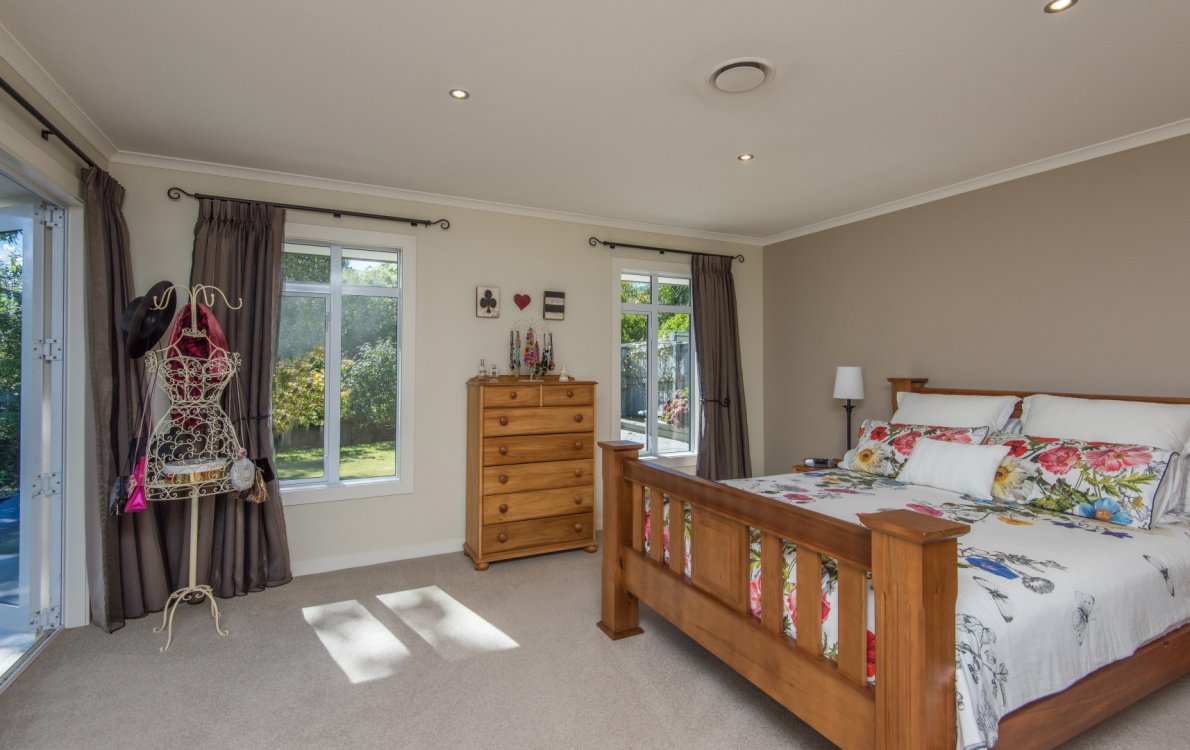 13 Heron Grove, Richmond #15