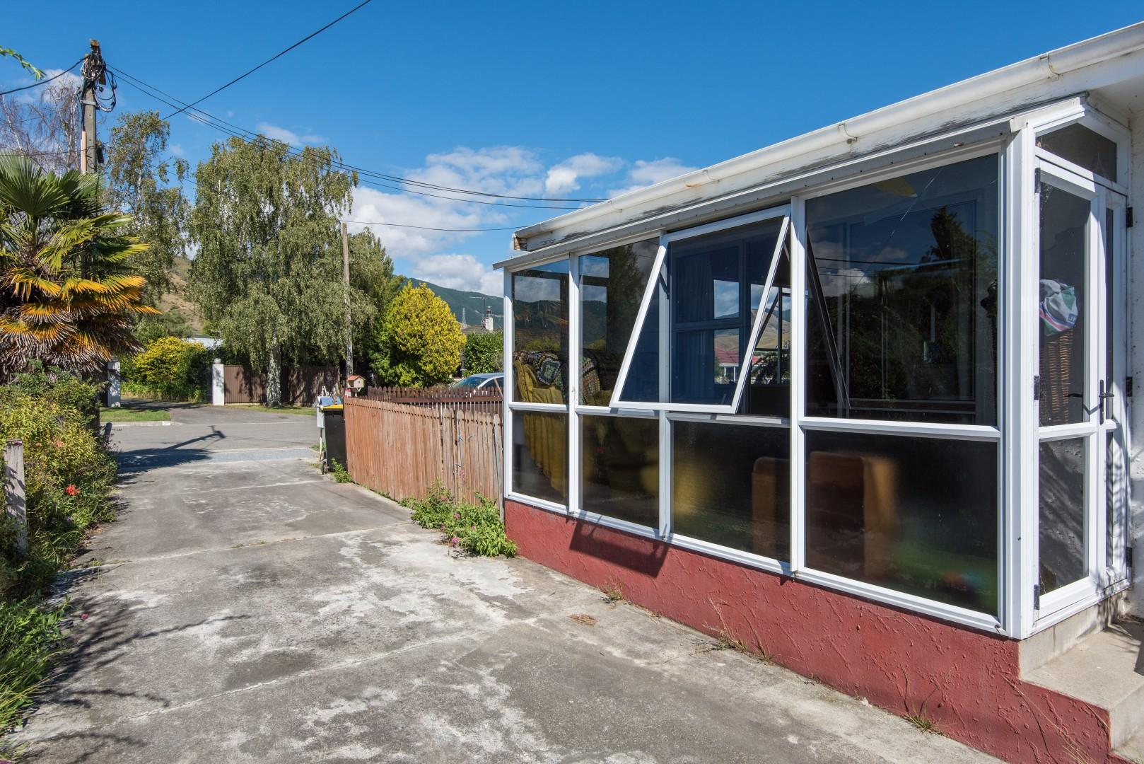 24A Willow Avenue, Stoke #11 -- listing/5311/j.jpeg