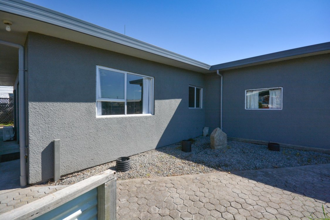 2 8 Faulkland Drive Blenheim A Great Starter Package
