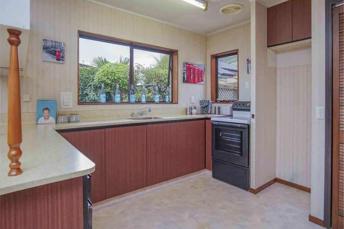 55a Tasman Street, The Wood #14