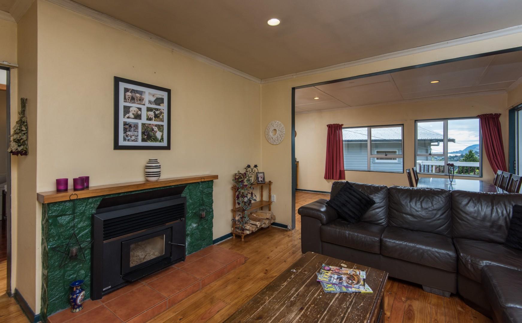 22 Thompson Terrace, Toi Toi #13 -- listing/5387/l.jpeg