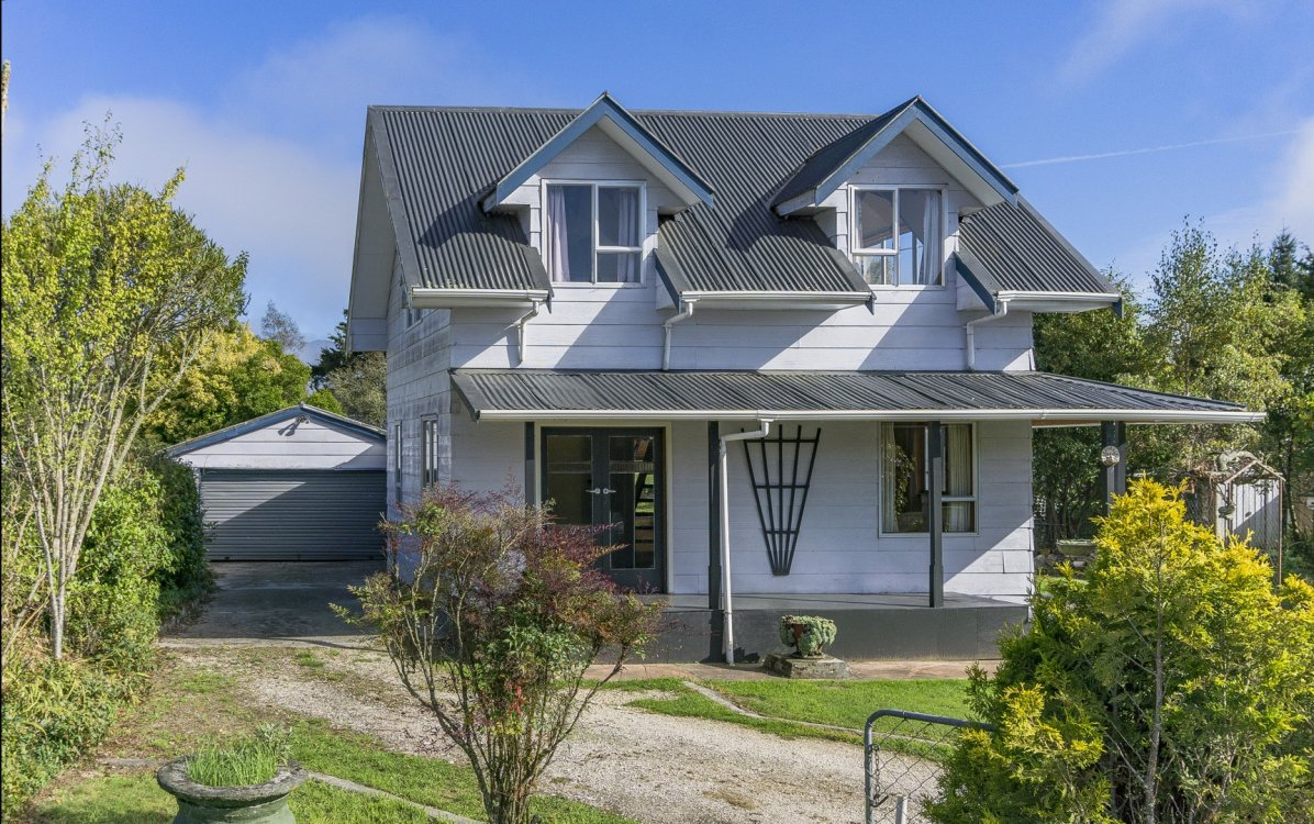 5 Grey Street, Murchison #3
