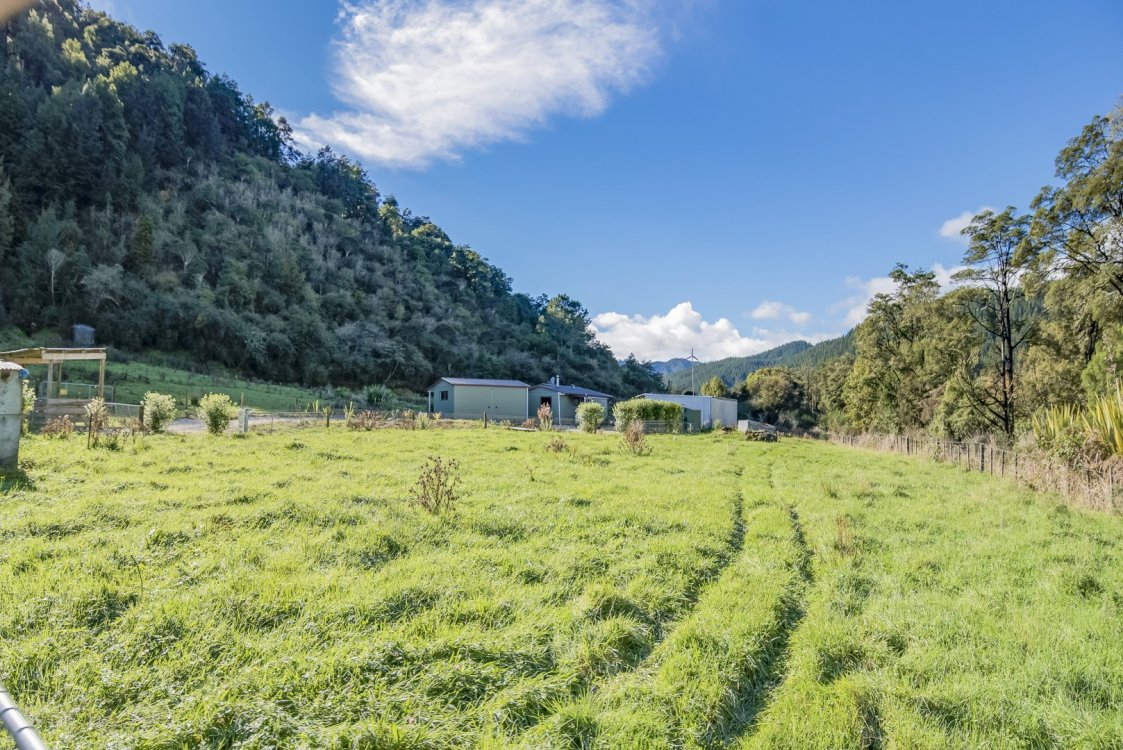 242 Matiri Valley Road , Murchison #19