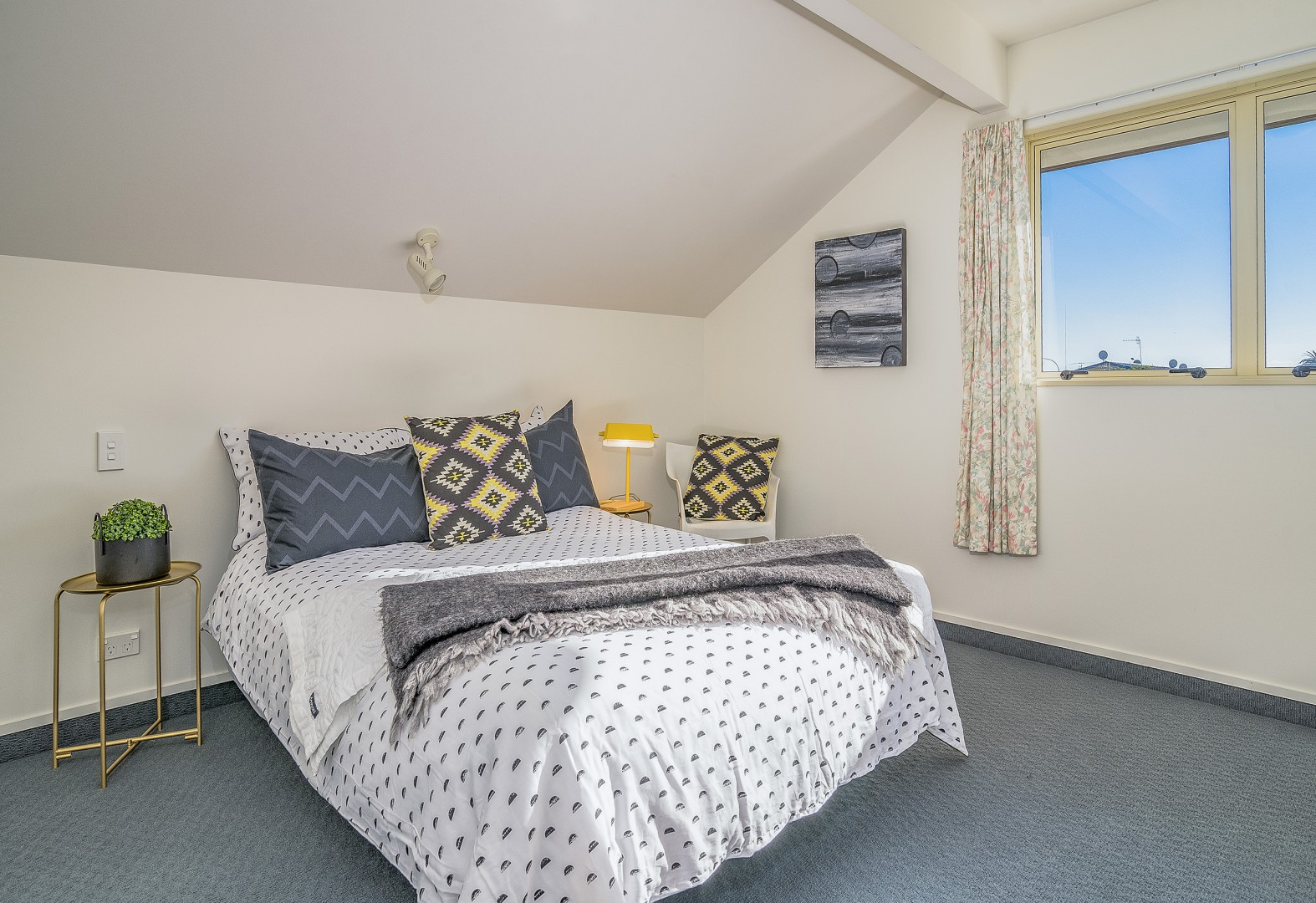 2 Lancewood Way, The Wood #11 -- listing/5525/j.jpeg