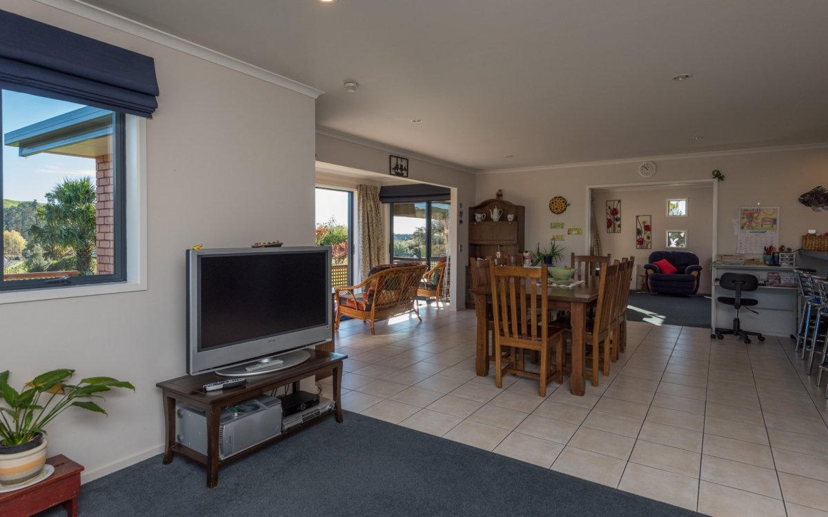 391 Neudorf Road, Upper Moutere #9