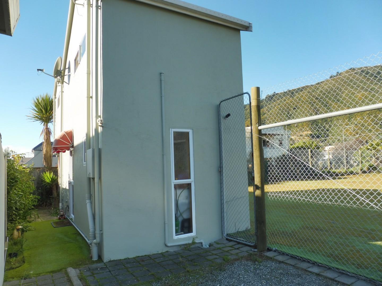 27B Beach Road, Waikawa #5 -- listing/5636/d.jpeg