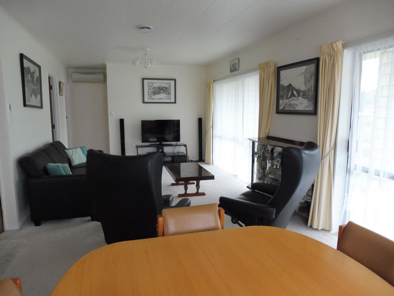 239 Waikawa Road, Waikawa #9 -- listing/5686/h.jpeg
