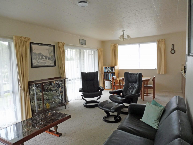 239 Waikawa Road, Waikawa #12 -- listing/5686/k.jpeg