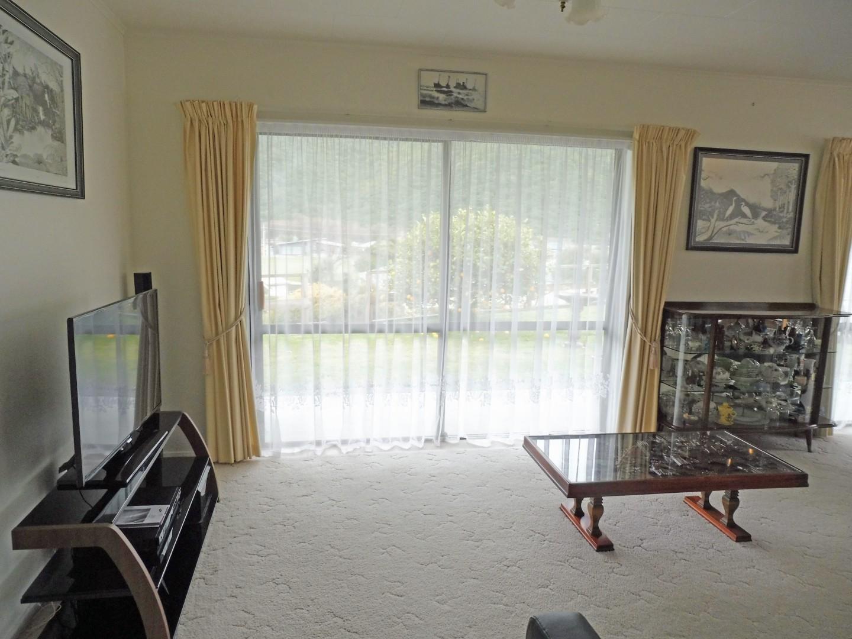 239 Waikawa Road, Waikawa #13 -- listing/5686/l.jpeg