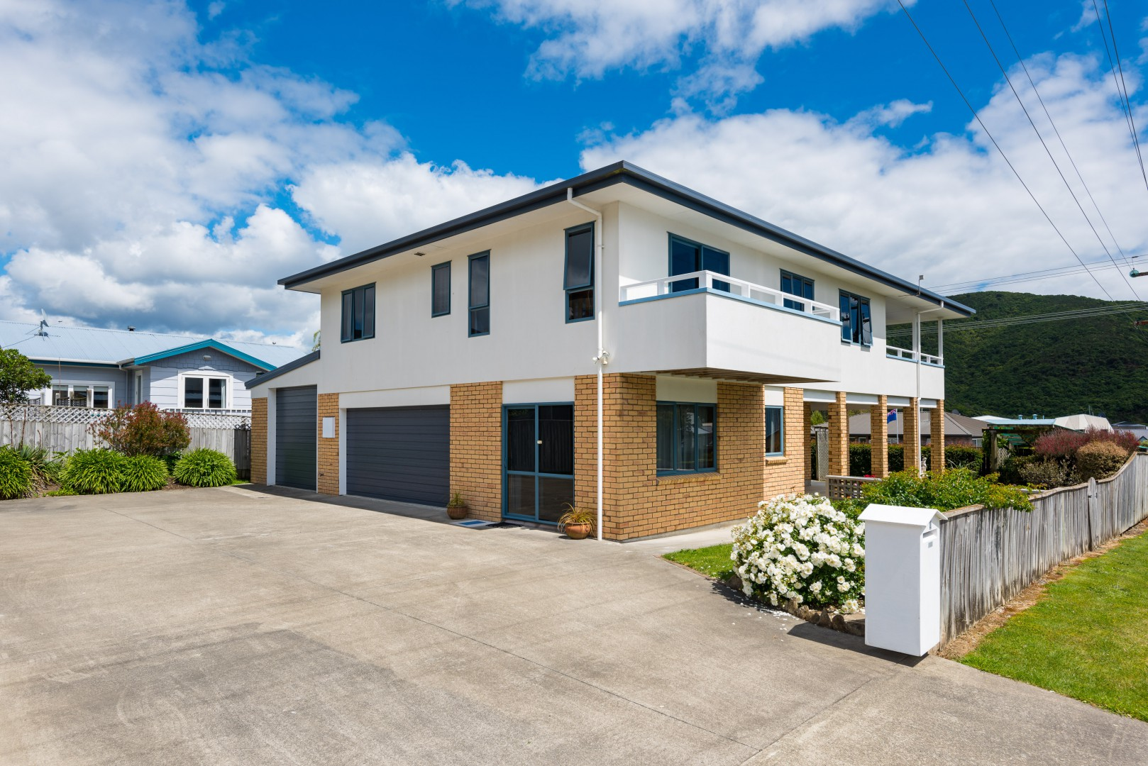 2 Waimarama Street, Waikawa #1 -- listing/5910/m.jpeg