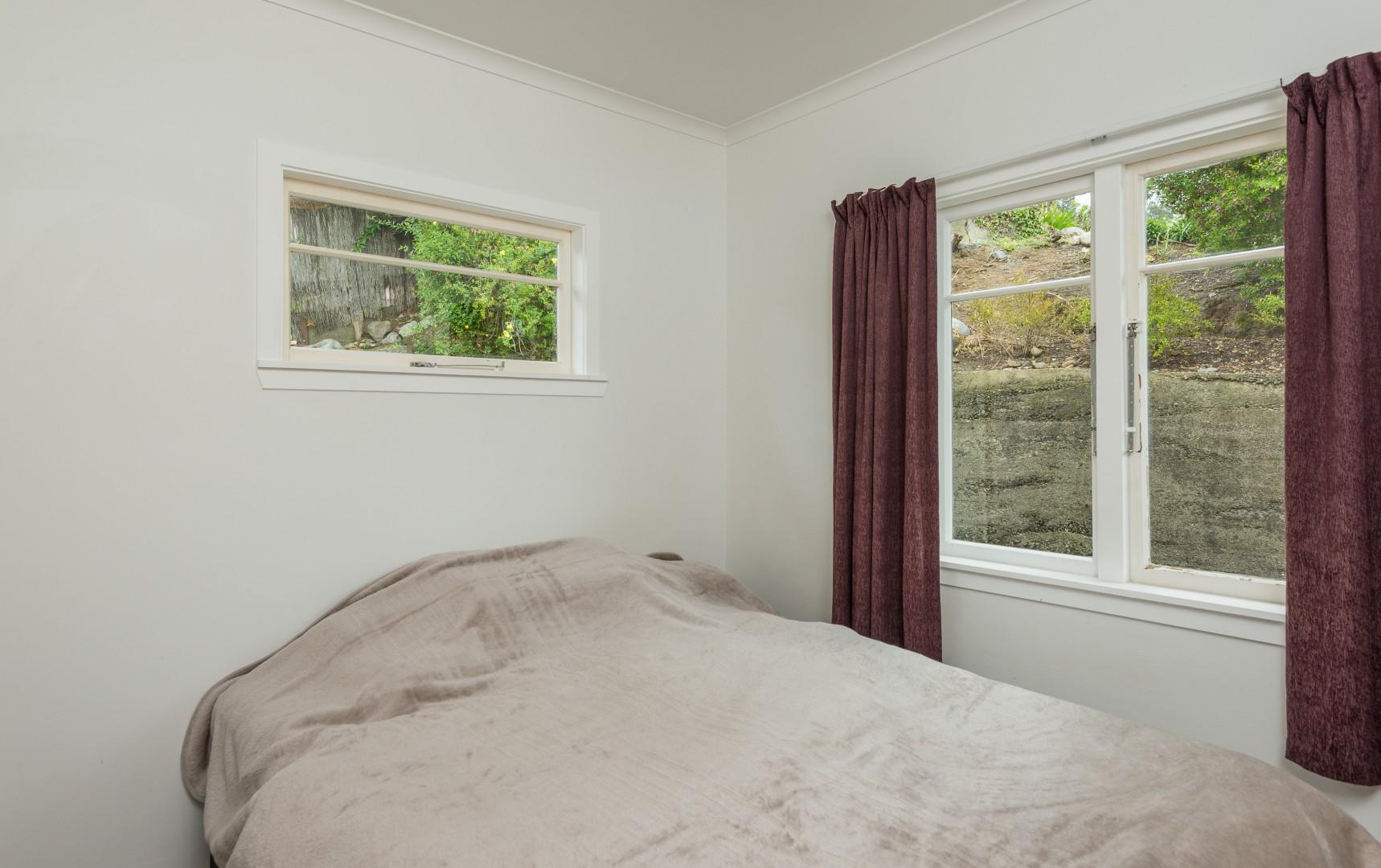 6 Ariesdale Terrace, Toi Toi #3 -- listing/5932/b.jpeg