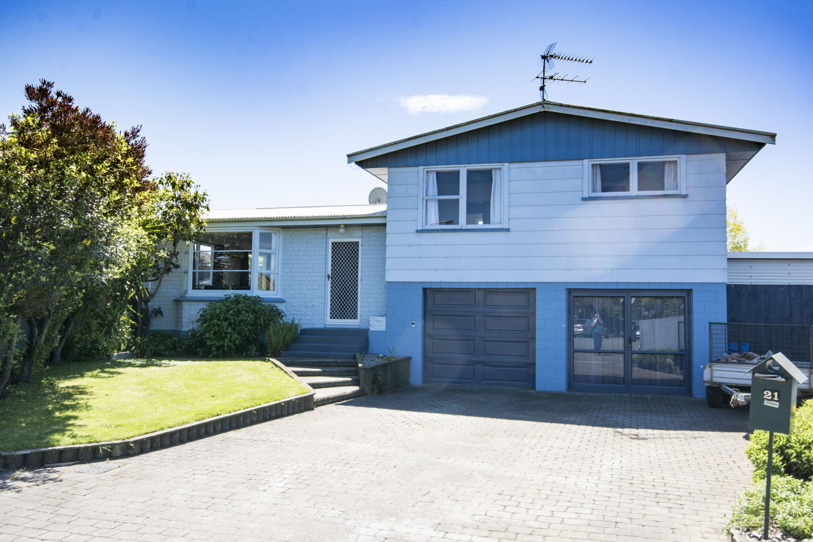 21 Newbourne Crescent, Redwoodtown #15 -- listing/5961/o.jpeg