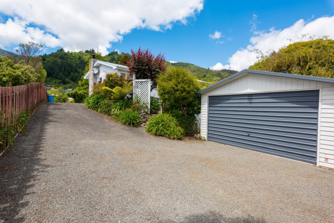 76 Hampden Street, Picton #6