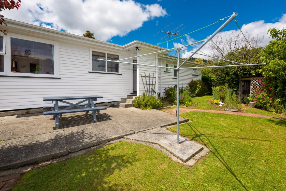 76 Hampden Street, Picton #9