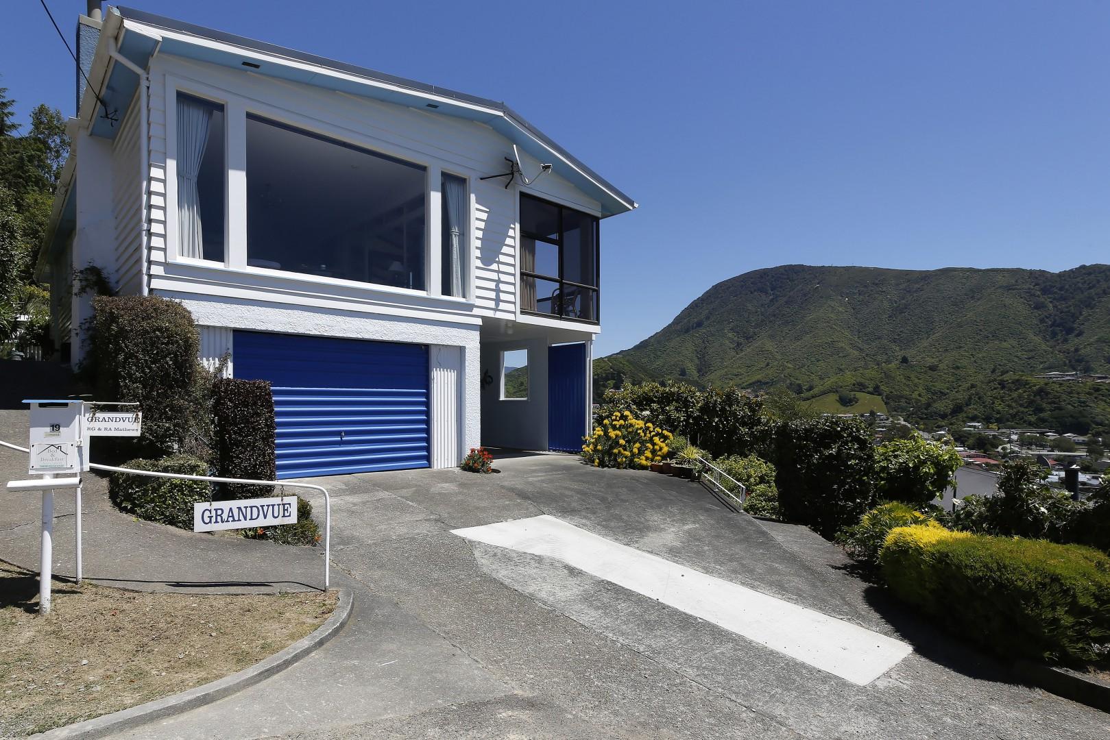 19 Otago Street, Picton #2 -- listing/6967/a.jpeg