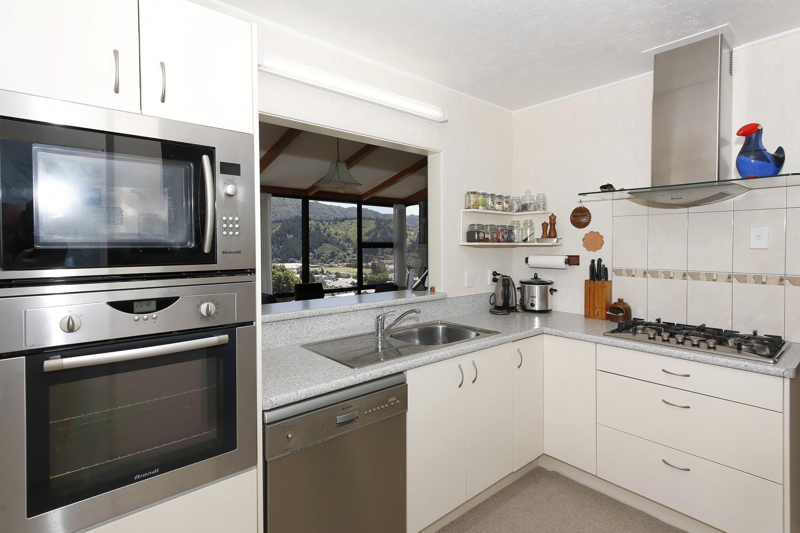 19 Otago Street, Picton #11 -- listing/6967/j.jpeg