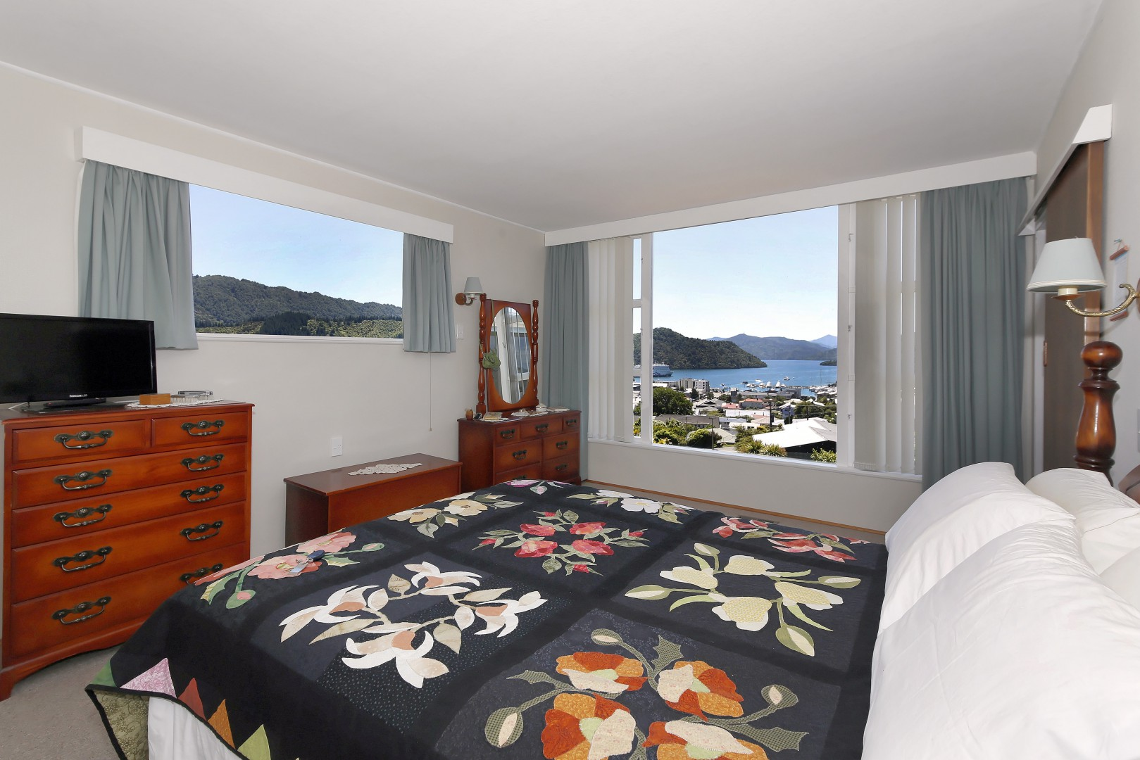 19 Otago Street, Picton #13 -- listing/6967/l.jpeg