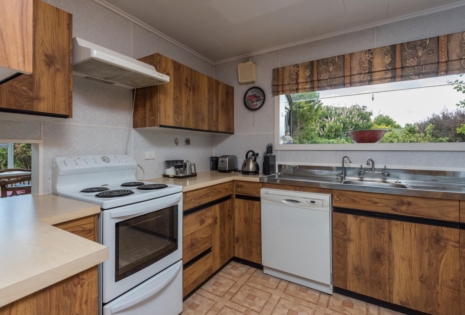 2 Lord Auckland Road, Wakefield #13 -- listing/7237/l.jpeg