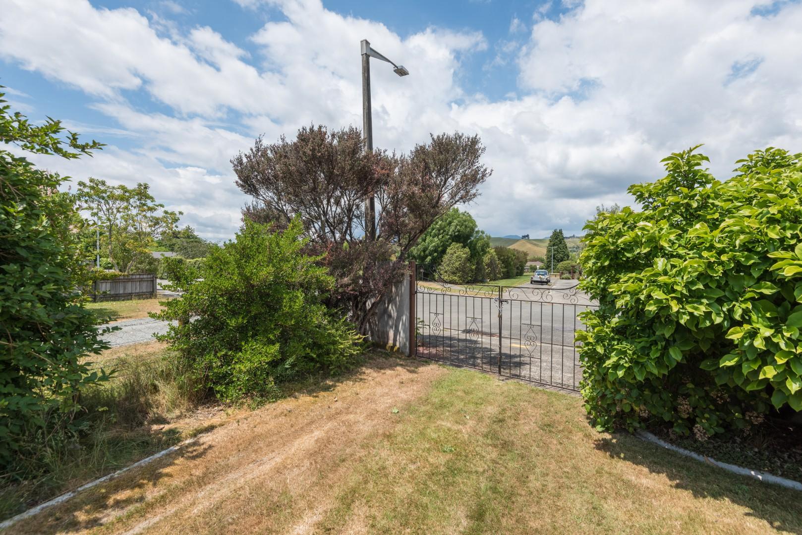 2 Lord Auckland Road, Wakefield #17 -- listing/7237/q.jpeg