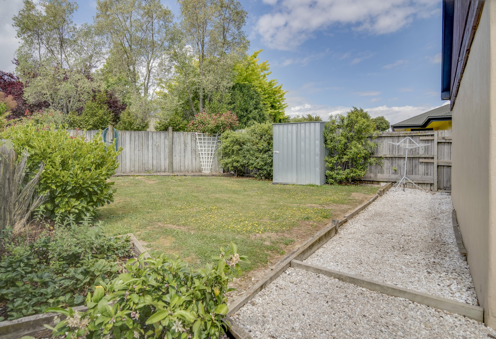 16 Ivy Crescent, Richmond #6 -- listing/7258/e.jpeg