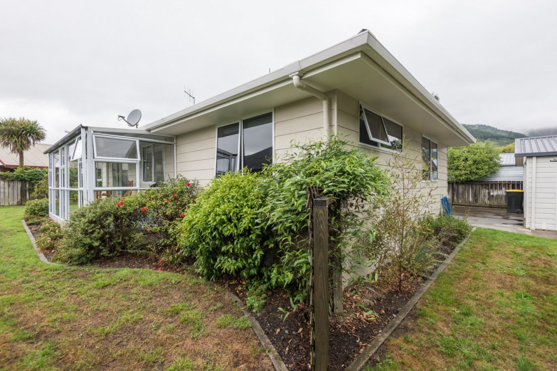 28 Rochfort Drive, Richmond #2