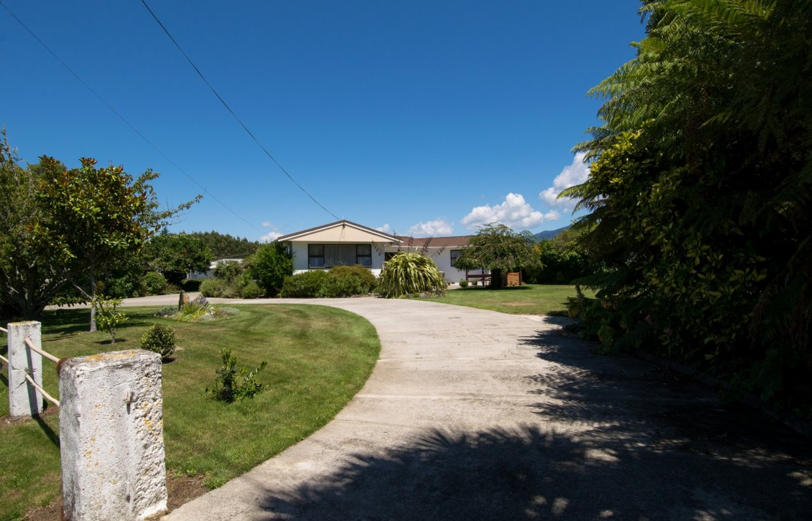 36 River Road, Riwaka #6