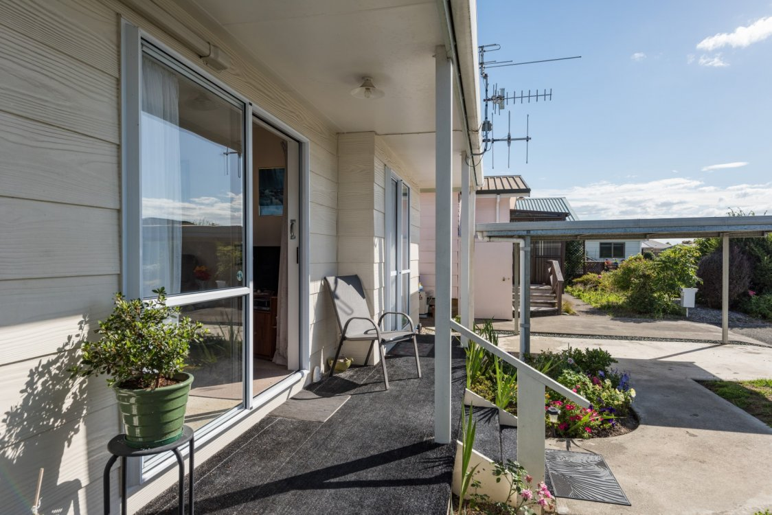 6 Conifer Court, Richmond #3