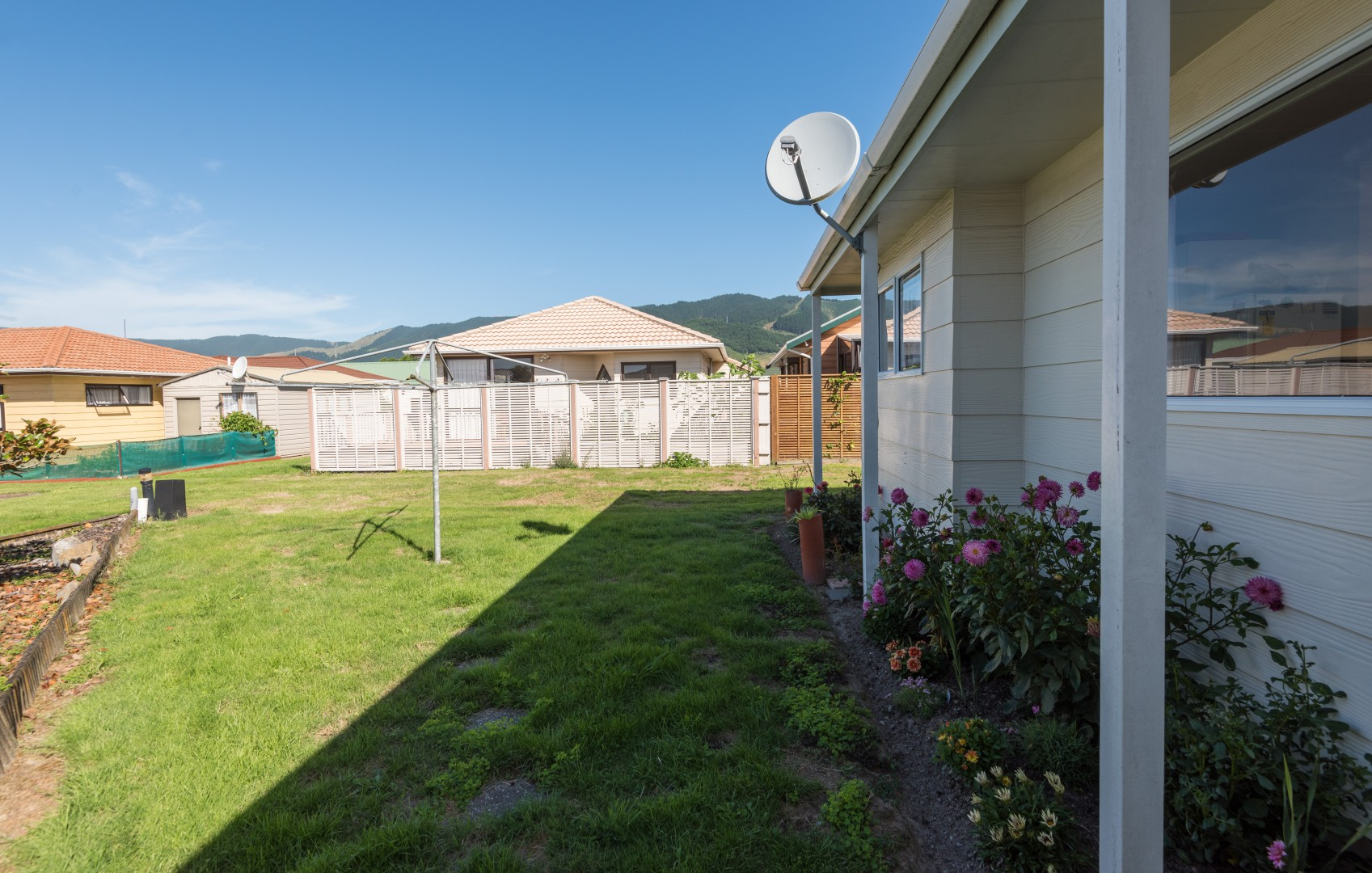 6 Conifer Court, Richmond #4 -- listing/8110/c.jpeg