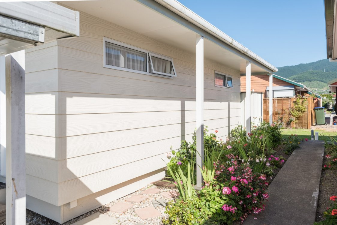 6 Conifer Court, Richmond #8