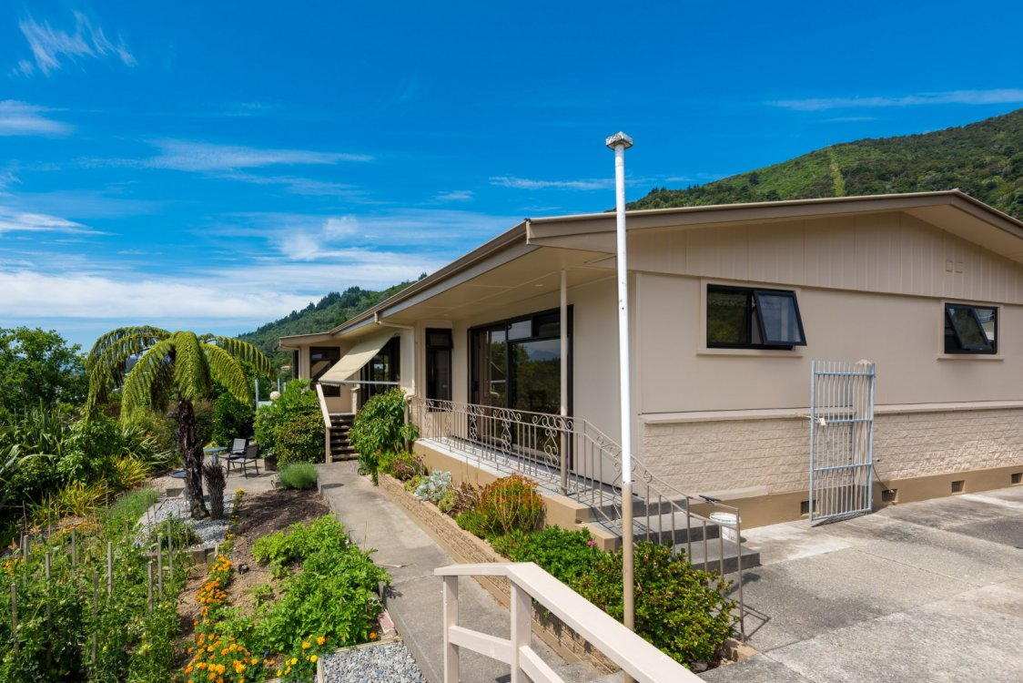 26 Seaview Crescent, Picton #5