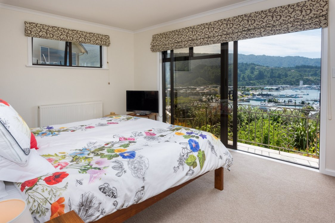 26 Seaview Crescent, Picton #10