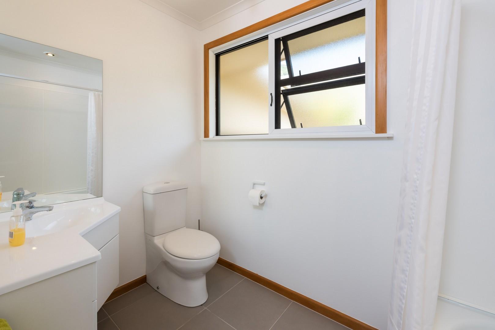 26 Seaview Crescent, Picton #15 -- listing/8130/o.jpeg