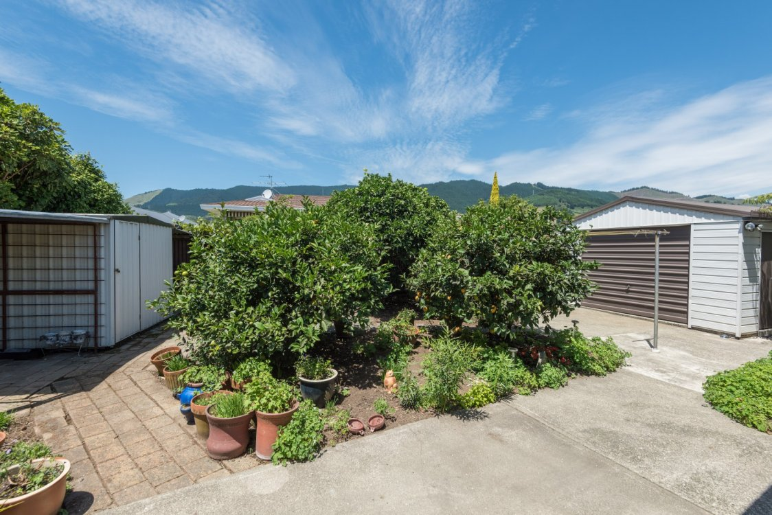 8 Washbourn Drive, Richmond #18